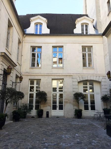 L'hôtel de Brossier : le logis en fond de cour