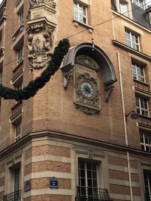 L'immeuble de la Compagnie des Wagons-lits : l'horloge
