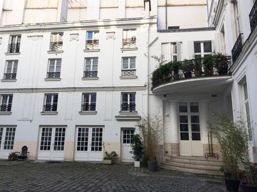 L'hôtel des Vivres : le balcon en quart de cercle