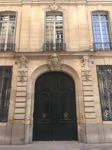 L'hôtel Sulkowski : le portail