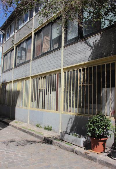 La rue des Thermophyles - Un ancien atelier