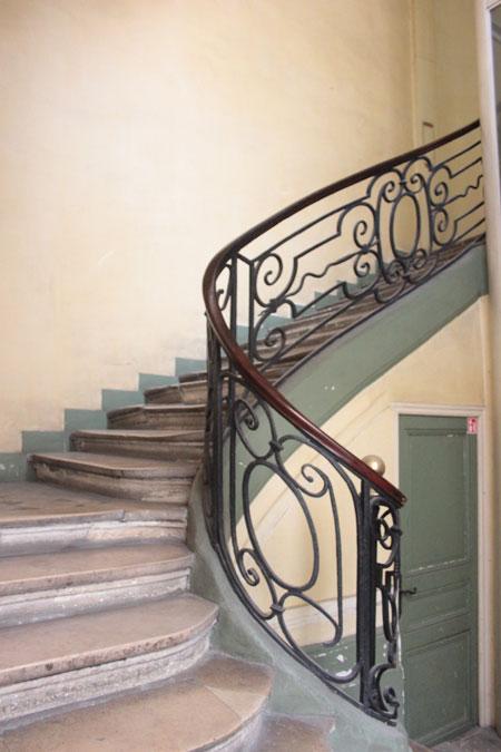 L'hôtel de Coigny : la rampe d'escalier