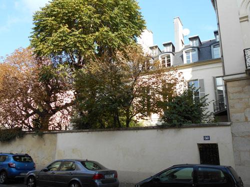 Le grand hôtel d'Avejan - La façade sur le jardin