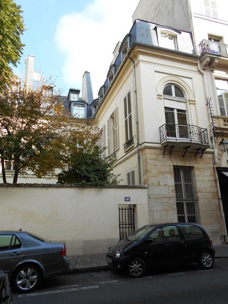 Le grand hôtel d'Avejan - L'aile droite donnant sur le jardin