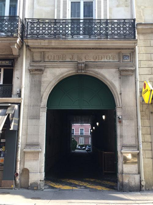 La cité Odiot : l'un des deux portails d'entrée