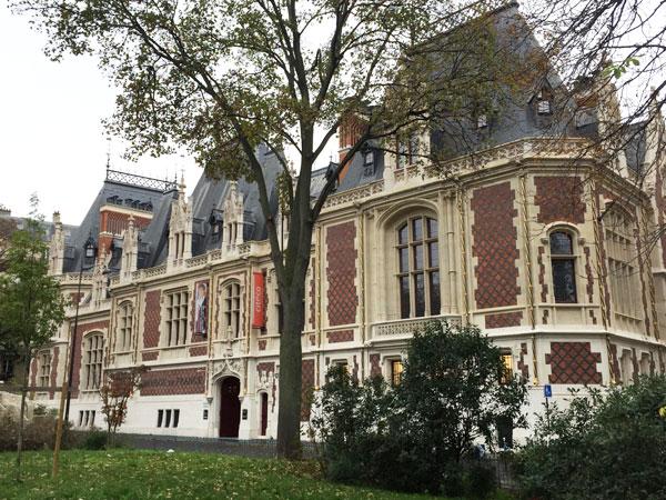 L'hôtel Gaillard : la façade sur rue