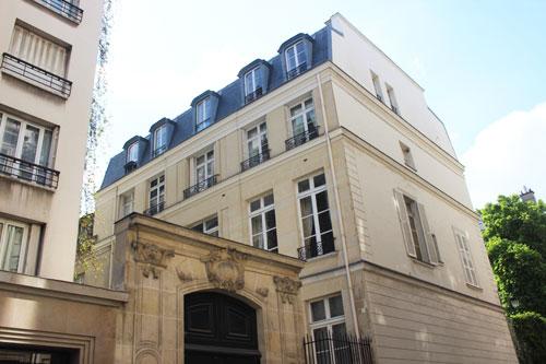 L'hôtel Daru : la façade donnant sur la cour