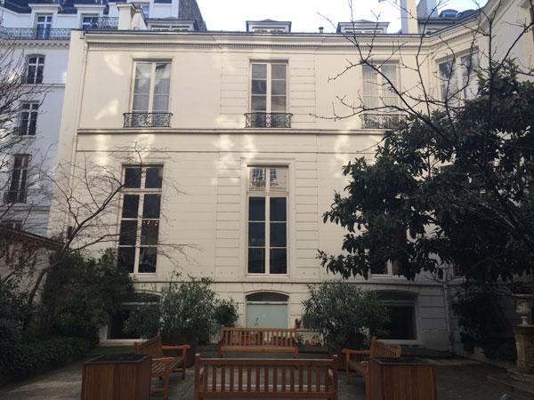 L'hôtel Turgot : façade sur cour