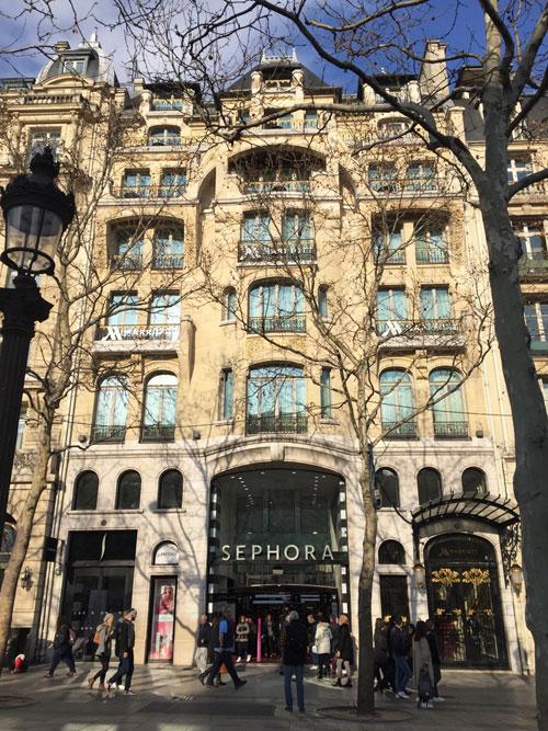 Le Vuitton Bulding