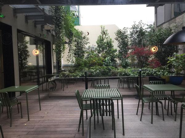 l'hôtel Parister : la terrasse