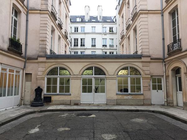 La maison Chuppin : le bâtiment bas en fond de cour construit sous Louis-Philippe