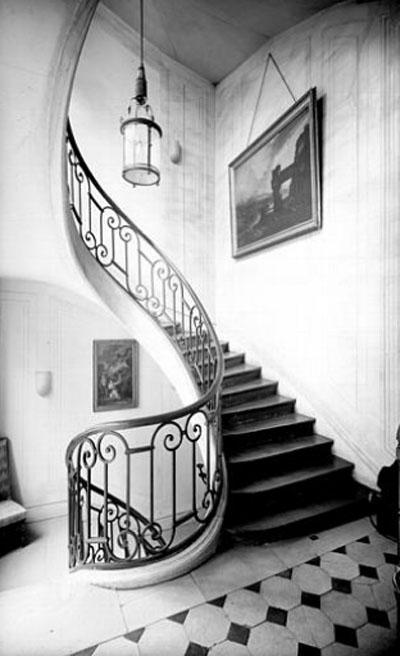 L'hôtel de Sommery : l'escalier du 1er étage