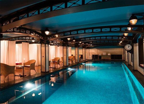 L'hôtel Costes : la piscine et le spa