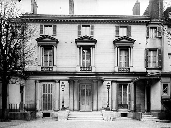 L'hôtel Rousseau, photographie ancienne