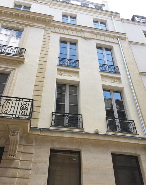 L'hôtel de Frédy : les deux travées de droite