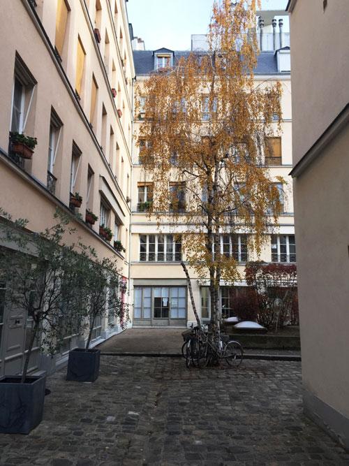 Cour ancienne Rue de Montreuil