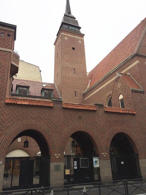 Le clocher de l'église suédoise