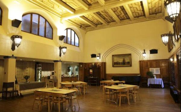 L'église suédoise : la salle destinée aux activités de la paroisse
