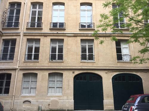 L'immeuble locatif des Théatins : l'aile perpendiculaire sur cour