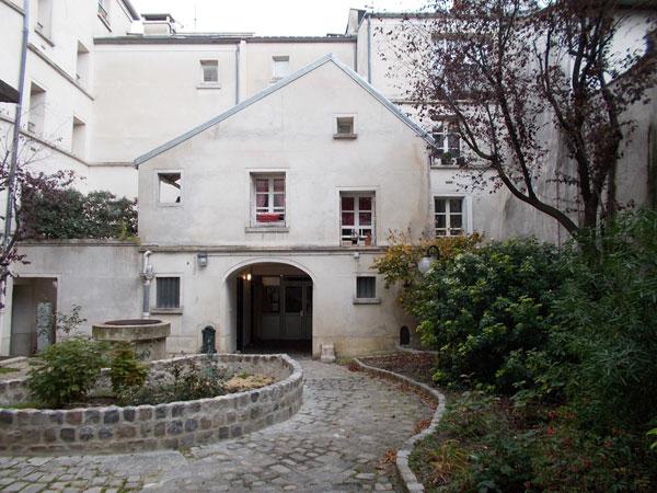 Cour cachée Rue Mouffetard