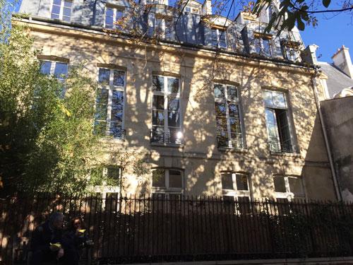 L'hôtel Barbes : la façade sur l'ancien jardin